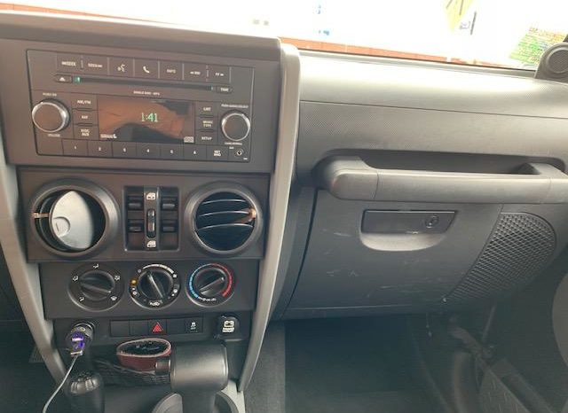 2010 Jeep Wrangler 4-Door full